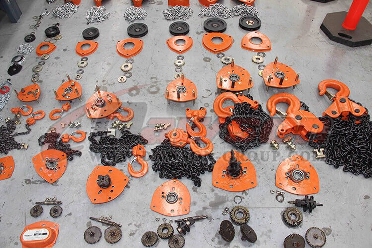 DAWSON GROUP LTD. MANUAL CHAIN HOIST CHAIN BLOCK LIFTING EQUIPMENT