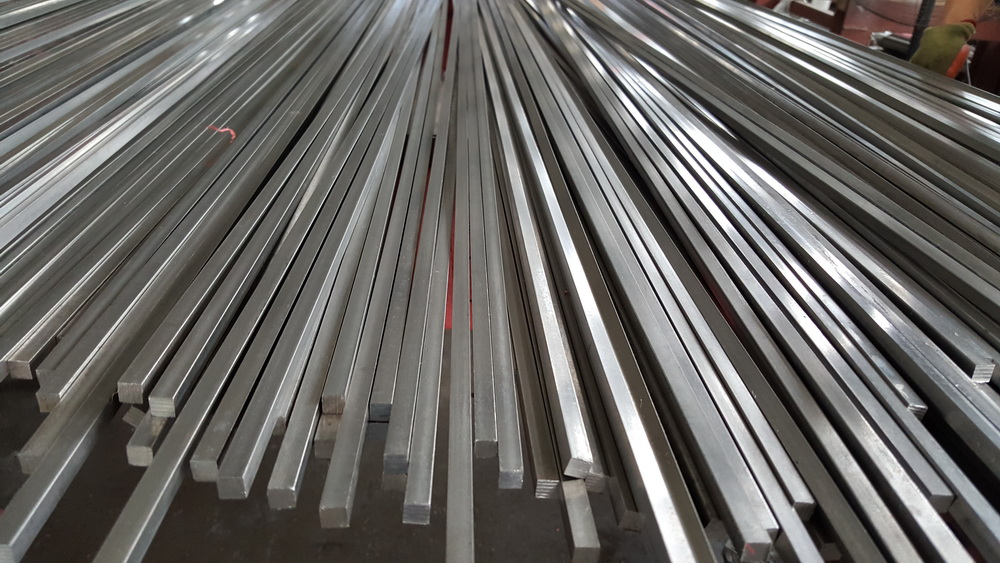 AISI 304 polished cold drawn stainless steel square bar