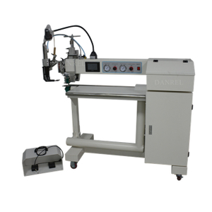 China Supplier DR-T300B Dual Arms Hot Air & Hot Wedge PE Tarpaulin Welding Machine with Fabric Pullers