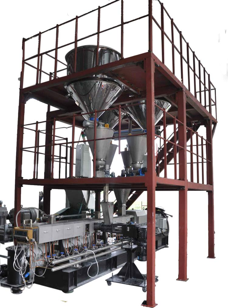 twin-screw-extruder-with-feeding-platform.jpg