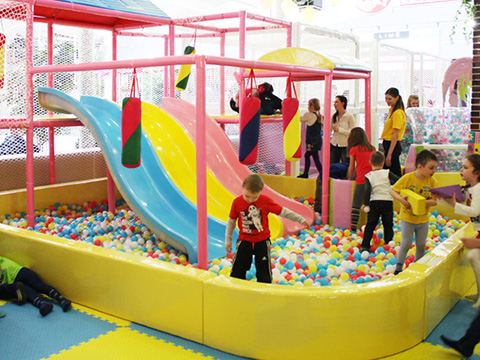 candy theme indoor playground (3)