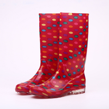 Fashion shiny pvc rain boots for lady