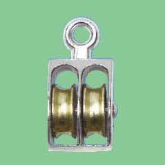 NICKEL PLATED FIXED EYE US TYPE PULLEY WITH DOUBLE WHEELS