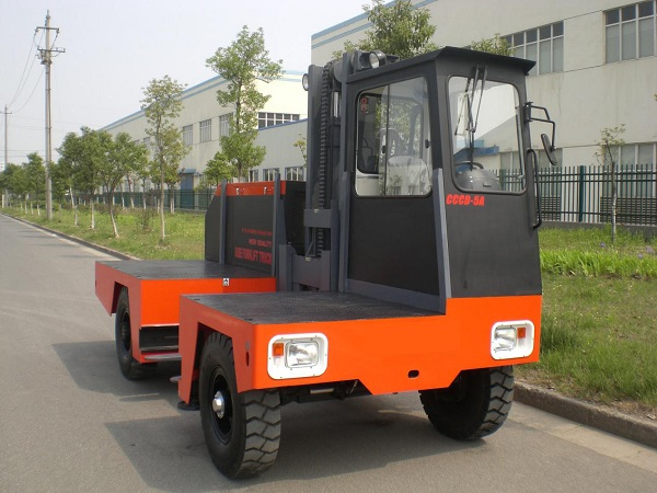 CCCD-5C electric side loader