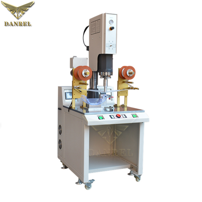 2600W Sonic Plastic Welder, 3200W Two Heads Ultrasound Welder, 4200W Double Heads Ultrasonic Plastic Welding Machine For Long Parts Soldering