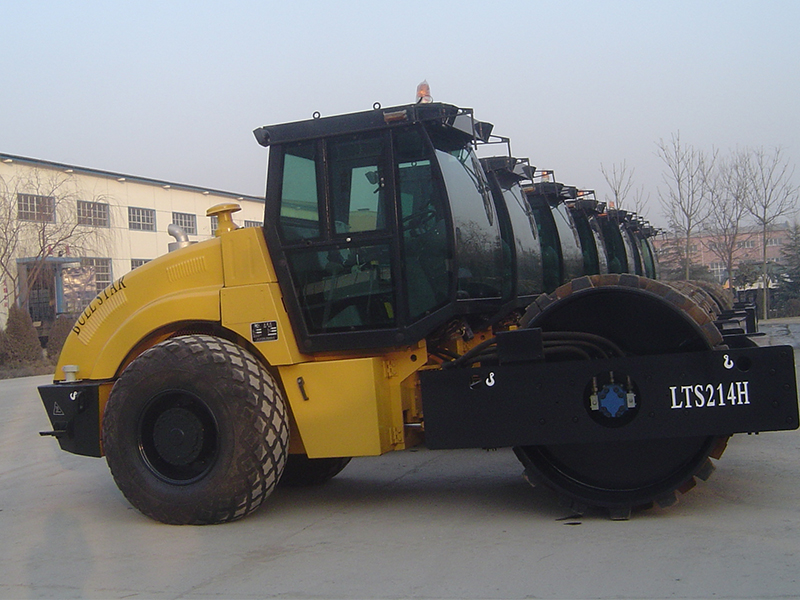 LTS212H/LTS214H Hydraulic single drum roller compactor