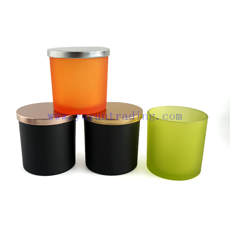 New Design Black Green Orange Glass Candle Jars 17oz Candle Holders with Metal Lids for Home Decor