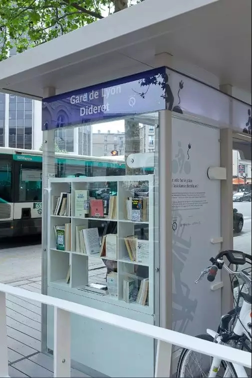 borrowing books bus station stop
