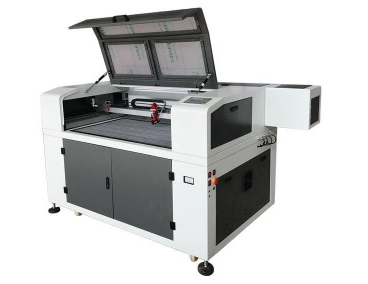 laser cutting and engraving machine.png