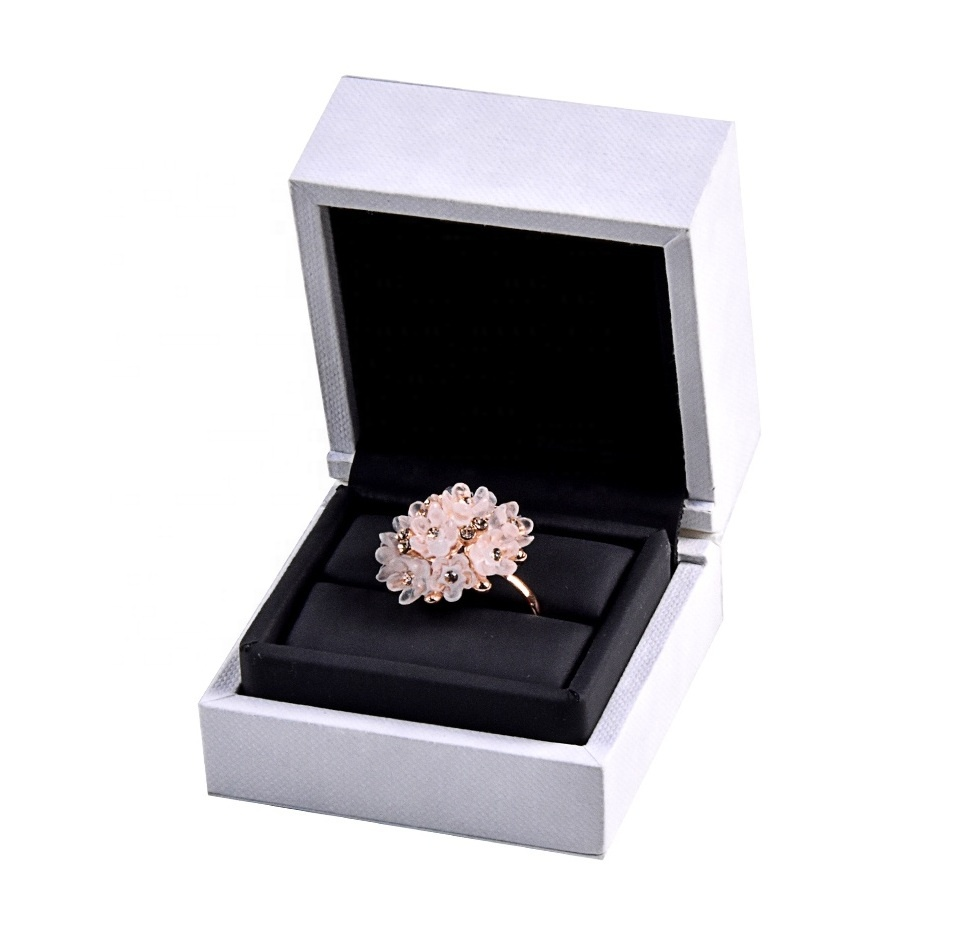Luxury Engagement Ring Case Packaging Jewelry Box Velvet Custom Gift Jewelry Ring Box