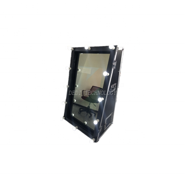 Magic Mirror Photo Booth, TFT Full Color Metal Digital Signage Kiosk