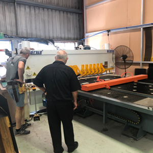 Guillotine Shearing Machine for Australian customer, HARSLE's feedback