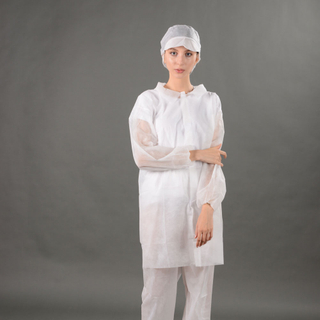 White SBPP lab coat with velcros single-use