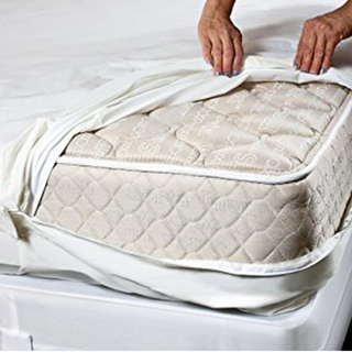 Bed Bug Proof Vinyl Safe and Hypoallergenic Protection King Waterproof Zippered Mattress Encasement, Mattress Cover